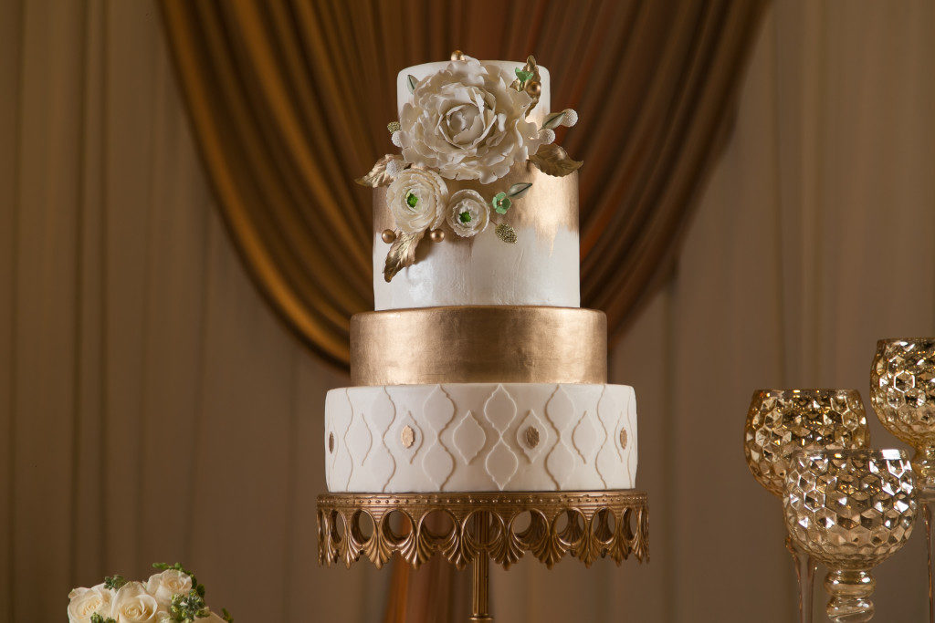 The Coordinated Bride Cake Inspiration 25