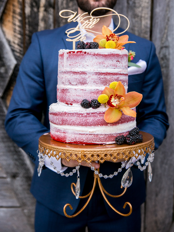 The Coordinated Bride Cake Inspiration 30