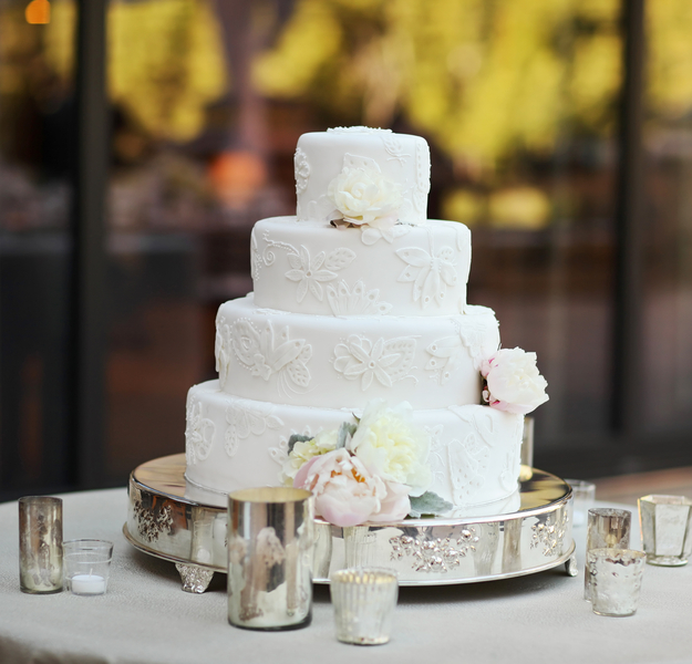 The Coordinated Bride Cake Inspiration 6