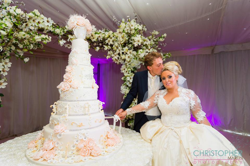 The Coordinated Bride Cake Inspiration
