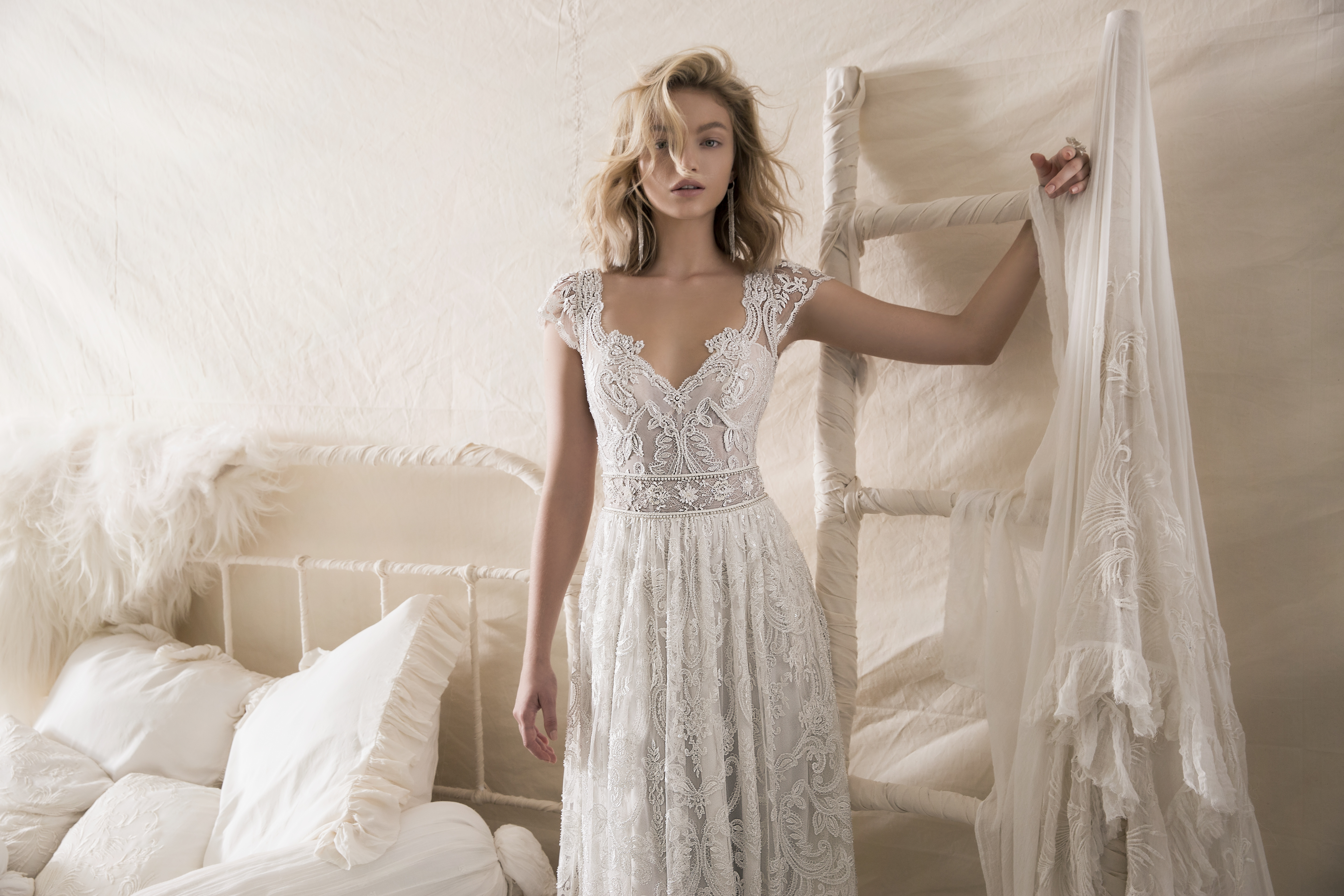 Best Wedding Gown Designers In The World: LIHI HOD FALL 2018 COUTURE COLLECTION