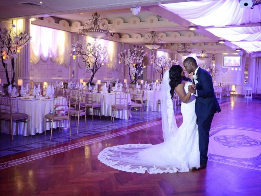 Glamorous Navy and Gold Wedding in New York – Gelissa and Clyde