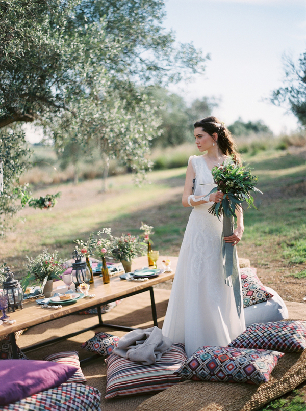 A Mediterranean Styled Spring Wedding in Greece