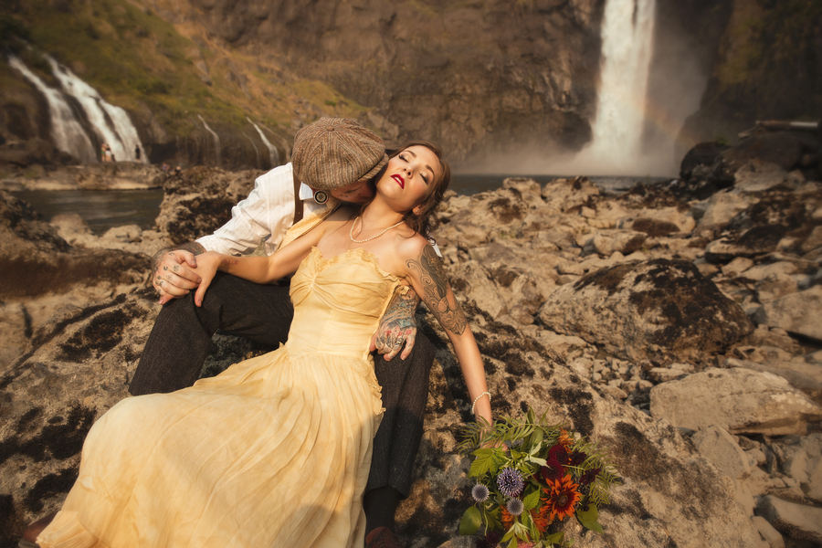 An Edgy & Romantic Anniversary Shoot at Snoqualmie Falls, Seattle