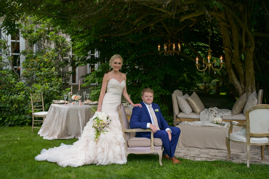 A Romantic Blush and Champagne Connecticut Wedding at Lord Thompson Manor