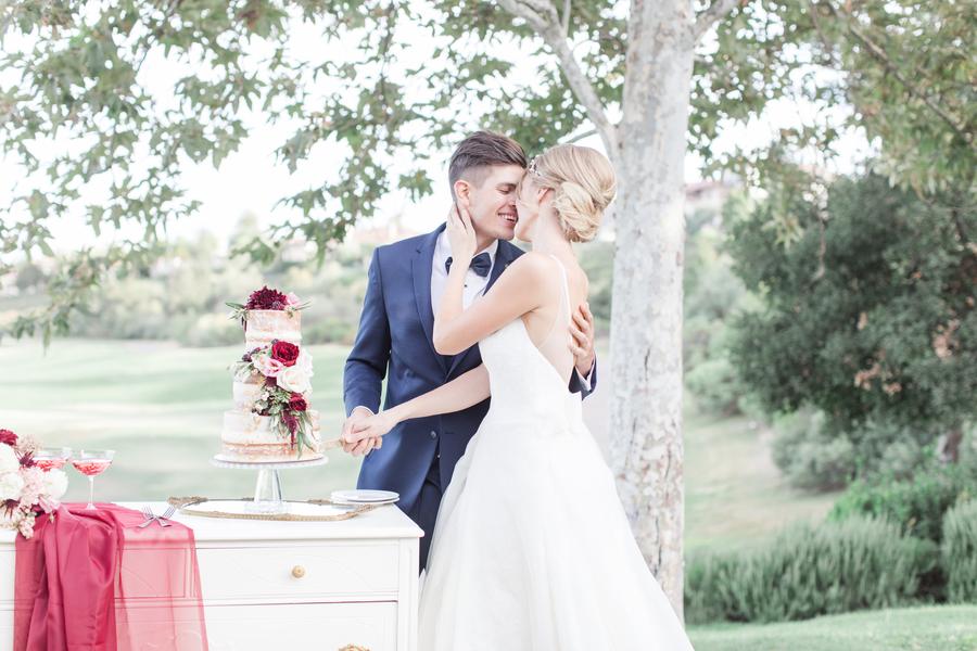 A Burgundy & Blush Southern California Country Club Wedding