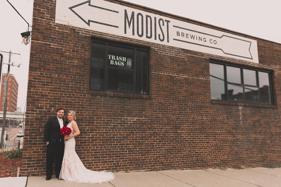 Cool Brewery Wedding in Minneapolis Warehouse District: Kate & John