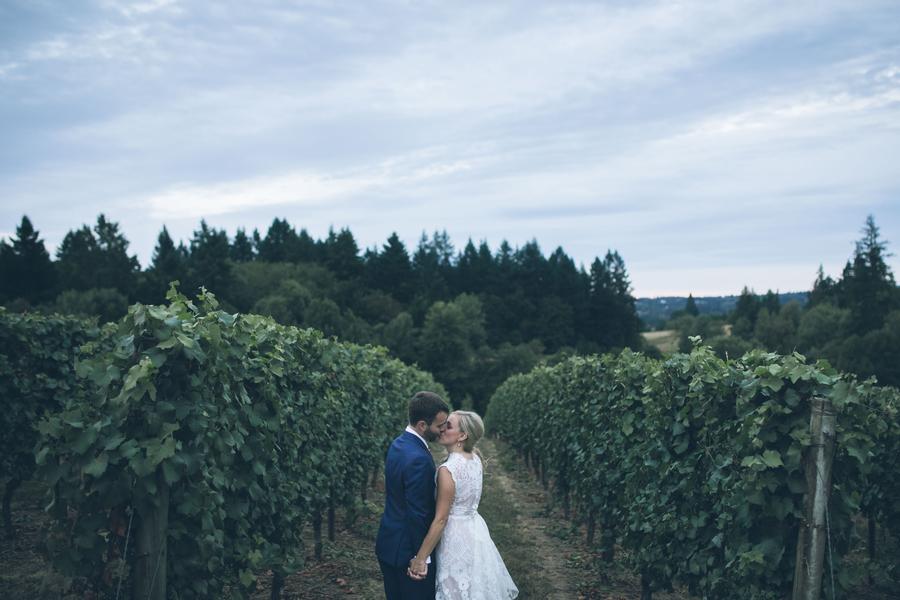 Oregon Vineyard Outdoor Wedding: Natalie & Steven