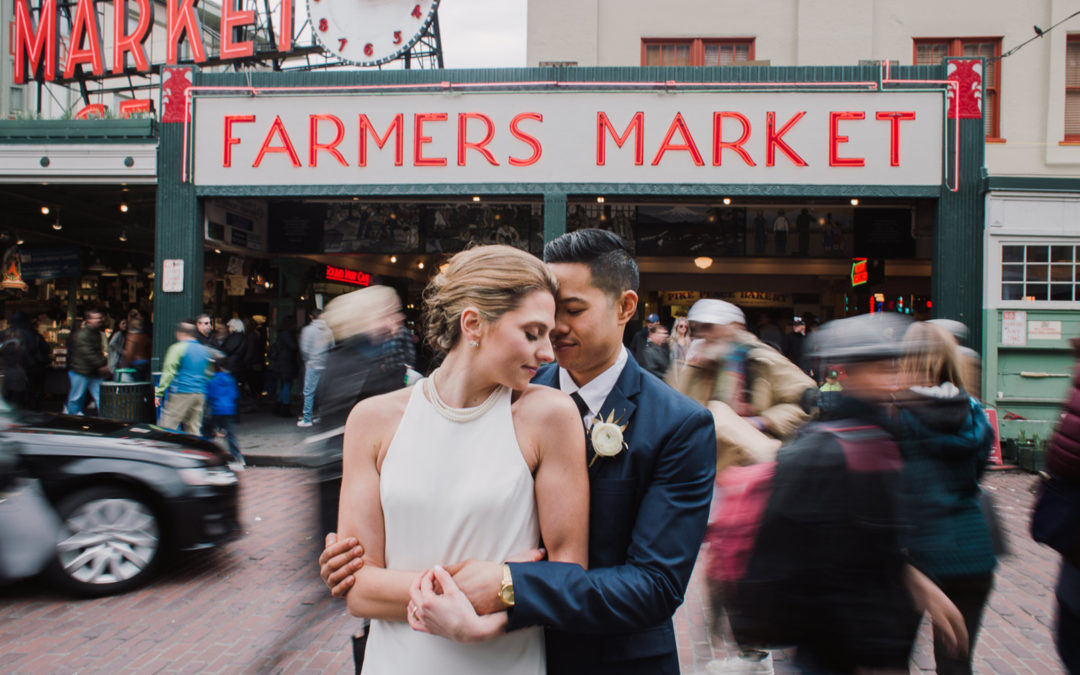 Modern Downtown Seattle Wedding: Chelsey & Eric