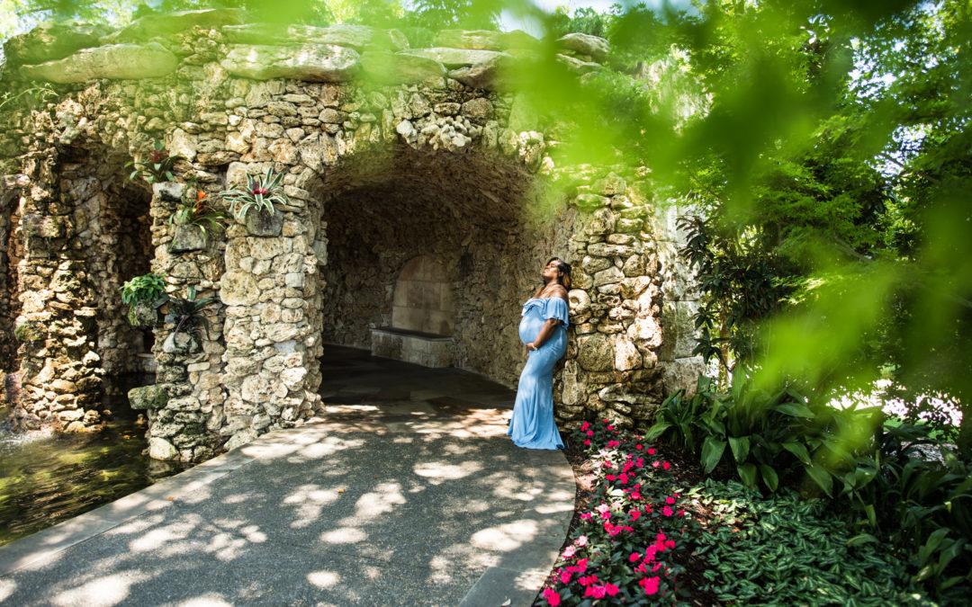 Dallas Botanical Garden Maternity Session