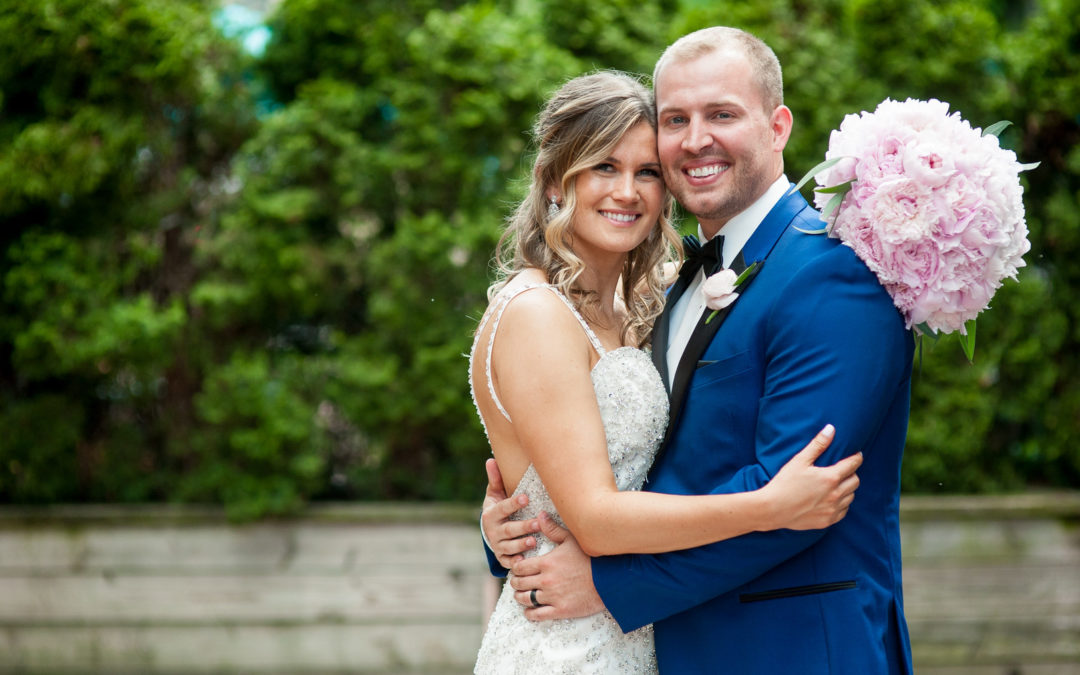 Classic Navy, Blush, and Gold Illinois Wedding: Kayleigh & Tyler