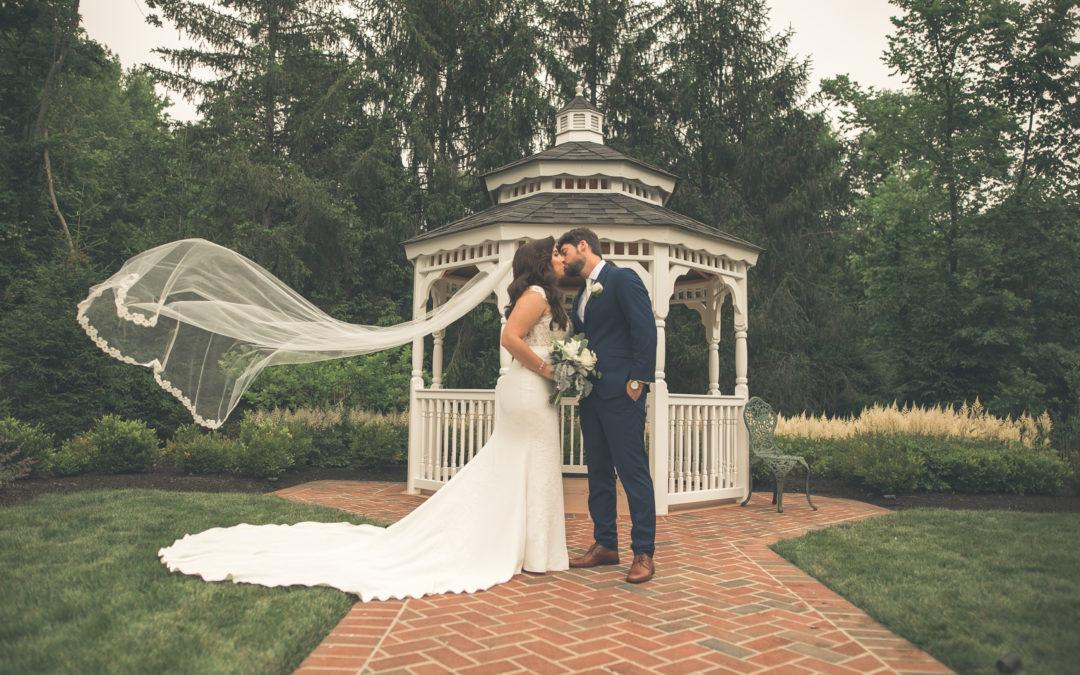 Guest Bride Blogger Stephanie [JE #6] – Down The Aisle