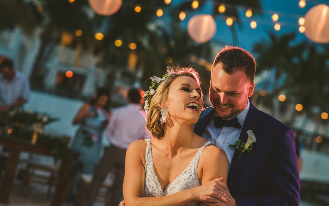 Tropical Beach Front Wedding in Key West – Heather & Josh