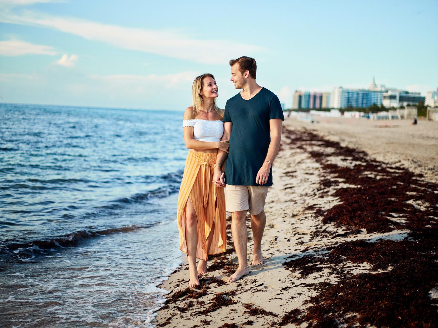 Como Metropolitan Miami Beach Engagement Session: Emelie & Peter
